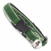 Angelica Green Velvet Cool Cat Collar